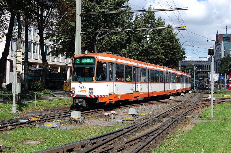 http://www.wiesloch-kurpfalz.de/Strassenbahn/Bilder/normal/Bielefeld/bielefeld_44.jpg
