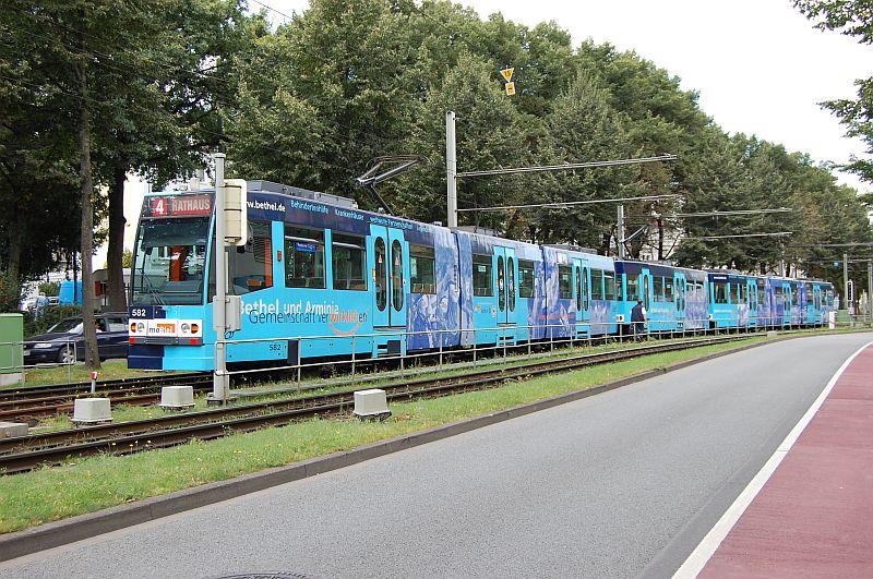 http://www.wiesloch-kurpfalz.de/Strassenbahn/Bilder/normal/Bielefeld/bielefeld_63.jpg