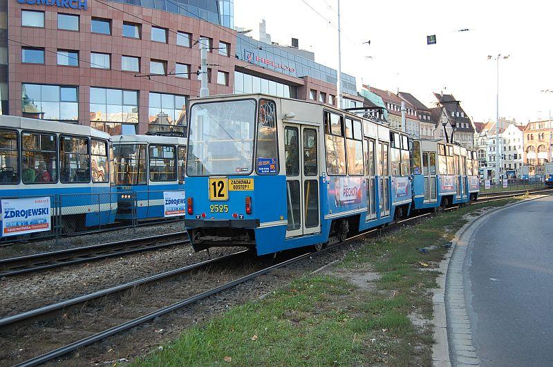 http://www.wiesloch-kurpfalz.de/Strassenbahn/Bilder/normal/Breslau/07x1071.jpg