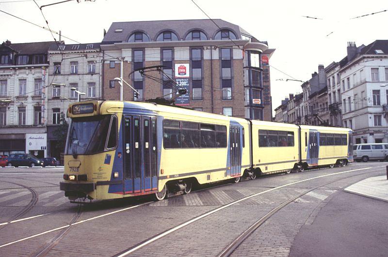 http://www.wiesloch-kurpfalz.de/Strassenbahn/Bilder/normal/Bruessel/01x869.jpg