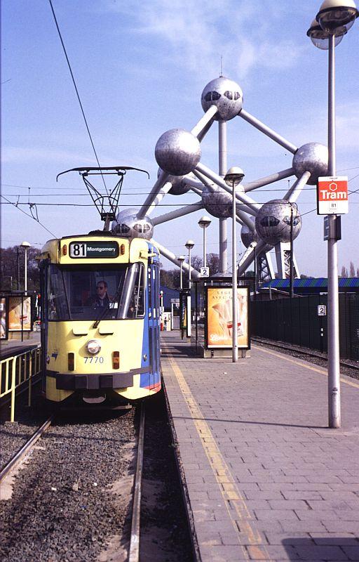 http://www.wiesloch-kurpfalz.de/Strassenbahn/Bilder/normal/Bruessel/93x243.jpg