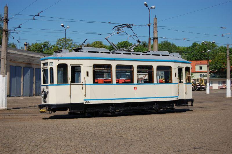 http://www.wiesloch-kurpfalz.de/Strassenbahn/Bilder/normal/Danzig/08x856.jpg