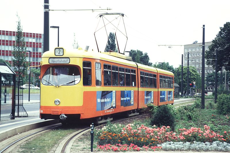 http://www.wiesloch-kurpfalz.de/Strassenbahn/Bilder/normal/Dessau/95x438.jpg