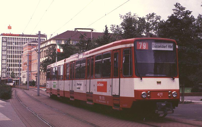 http://www.wiesloch-kurpfalz.de/Strassenbahn/Bilder/normal/Duisburg/87x500.jpg
