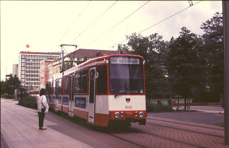 http://www.wiesloch-kurpfalz.de/Strassenbahn/Bilder/normal/Duisburg/87x501.jpg