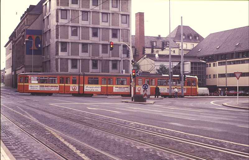 http://www.wiesloch-kurpfalz.de/Strassenbahn/Bilder/normal/Duisburg/87x506.jpg