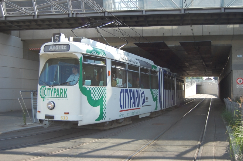 http://www.wiesloch-kurpfalz.de/Strassenbahn/Bilder/normal/Graz/09x0618.jpg