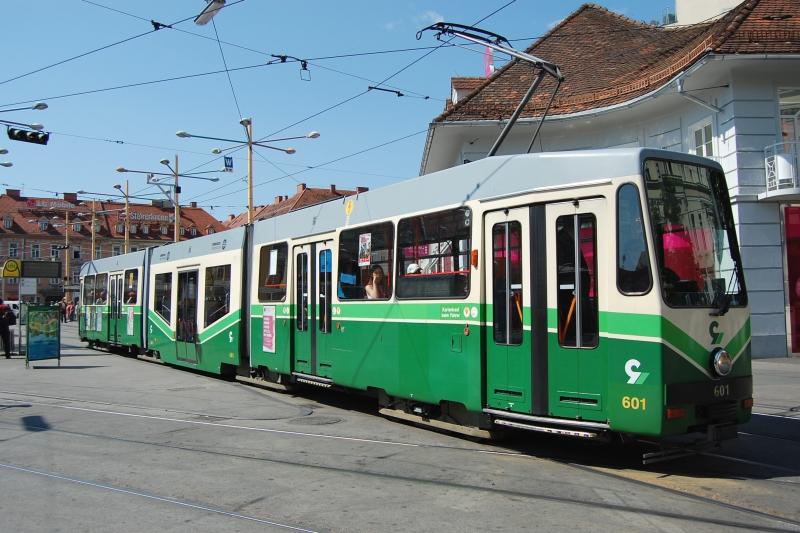 http://www.wiesloch-kurpfalz.de/Strassenbahn/Bilder/normal/Graz/09x0634.jpg