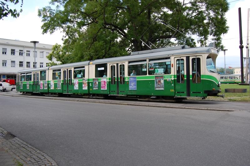 http://www.wiesloch-kurpfalz.de/Strassenbahn/Bilder/normal/Graz/09x0670.jpg