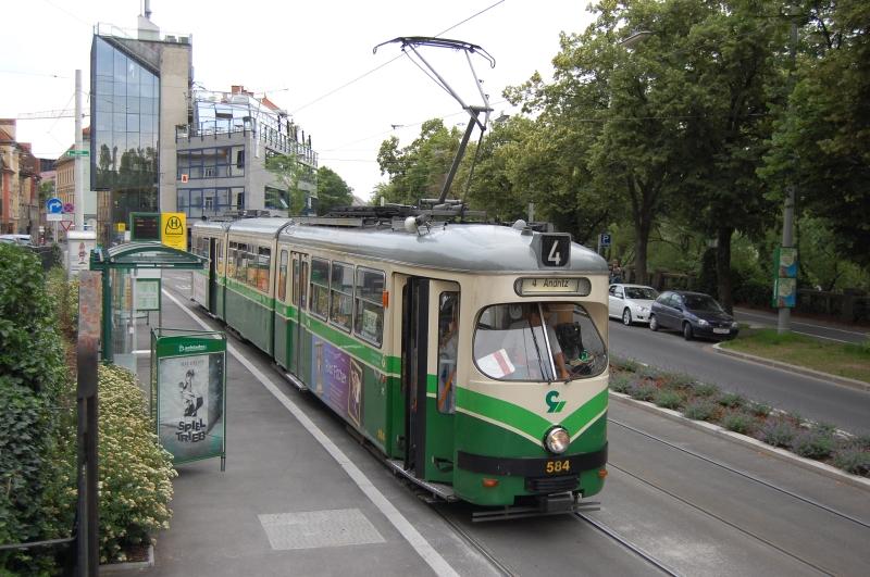http://www.wiesloch-kurpfalz.de/Strassenbahn/Bilder/normal/Graz/09x0714.jpg