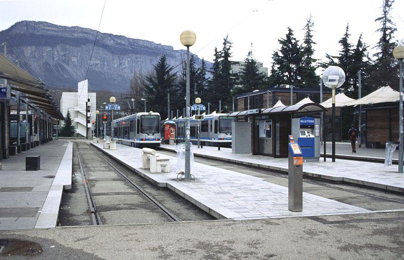 http://www.wiesloch-kurpfalz.de/Strassenbahn/Bilder/normal/Grenoble/03x021.jpg