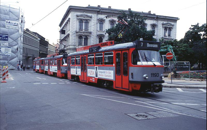 http://www.wiesloch-kurpfalz.de/Strassenbahn/Bilder/normal/Halle/95x867.jpg