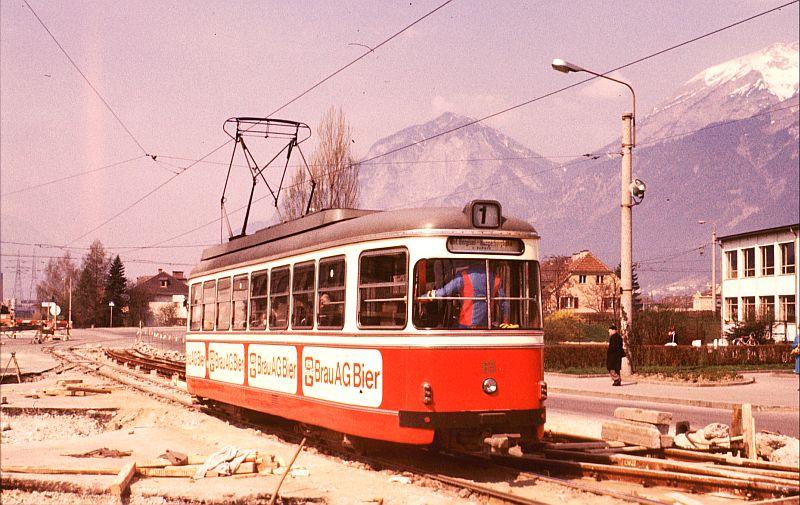 http://www.wiesloch-kurpfalz.de/Strassenbahn/Bilder/normal/Innsbruck/76x489.jpg