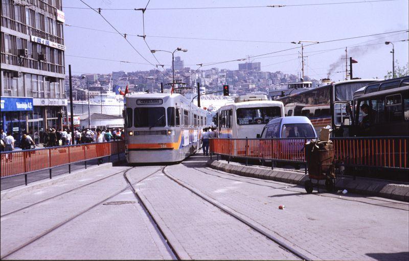 http://www.wiesloch-kurpfalz.de/Strassenbahn/Bilder/normal/Istanbul/93x390.jpg