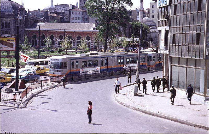 http://www.wiesloch-kurpfalz.de/Strassenbahn/Bilder/normal/Istanbul/93x393.jpg
