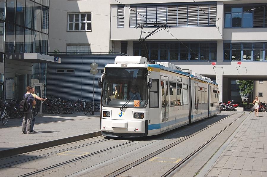 http://www.wiesloch-kurpfalz.de/Strassenbahn/Bilder/normal/Jena/08x1156.jpg