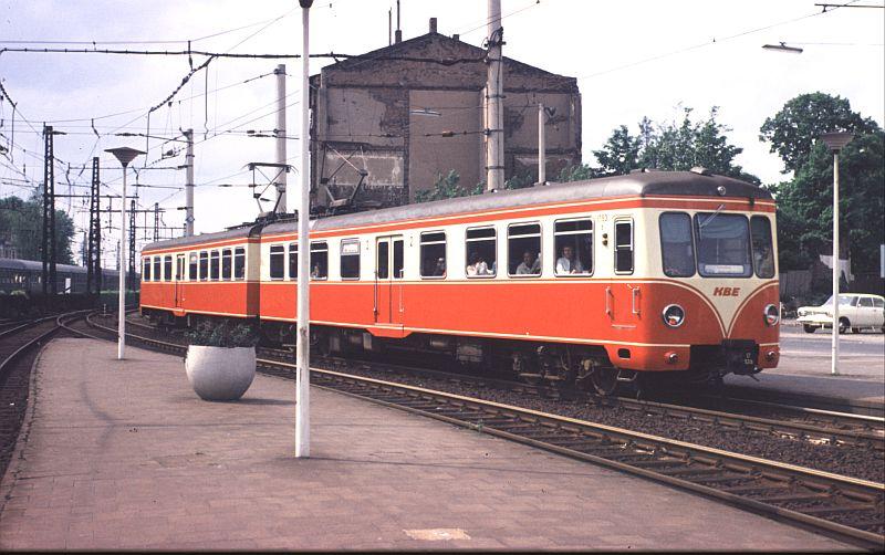 http://www.wiesloch-kurpfalz.de/Strassenbahn/Bilder/normal/KBE/75x658.jpg