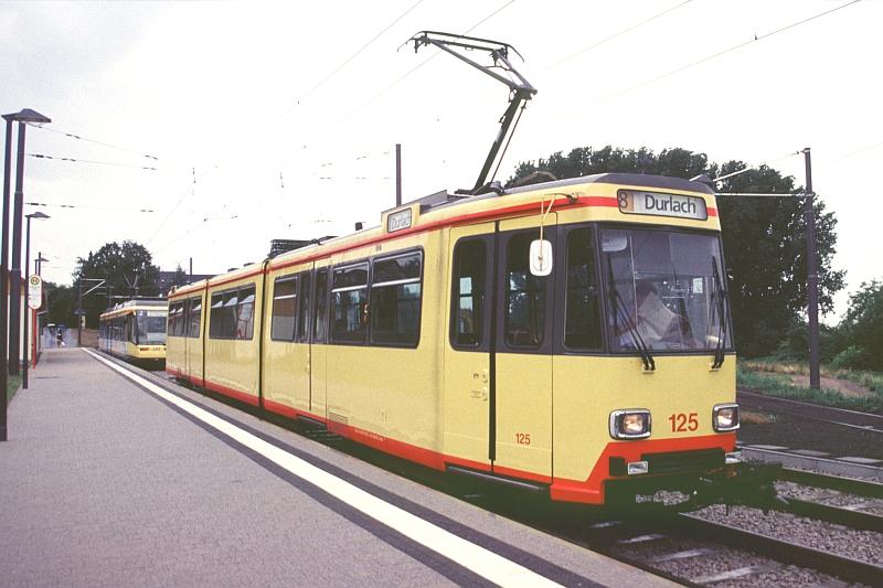 http://www.wiesloch-kurpfalz.de/Strassenbahn/Bilder/normal/Karlsruhe/04x229.jpg