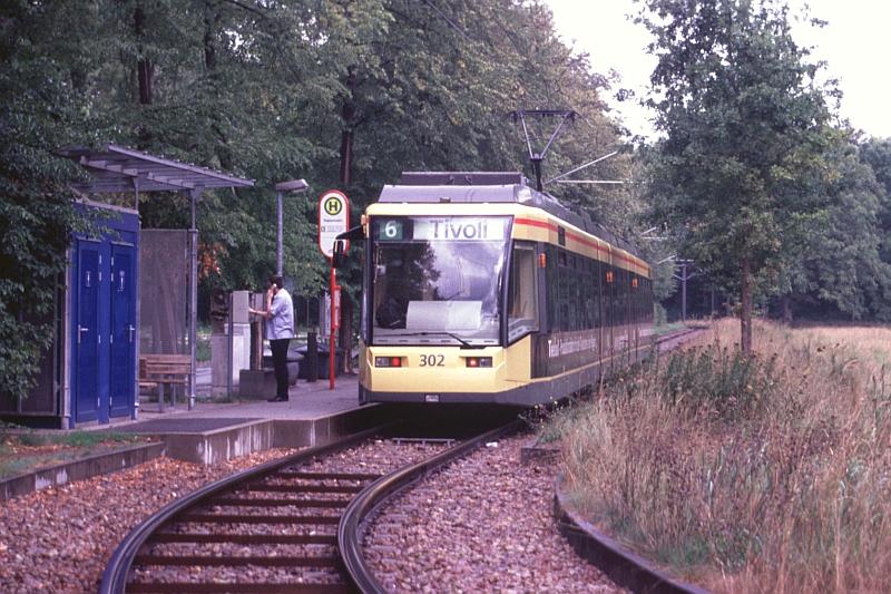 http://www.wiesloch-kurpfalz.de/Strassenbahn/Bilder/normal/Karlsruhe/06x517.jpg