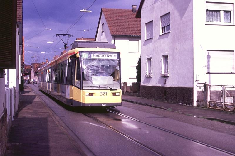 http://www.wiesloch-kurpfalz.de/Strassenbahn/Bilder/normal/Karlsruhe/06x519.jpg