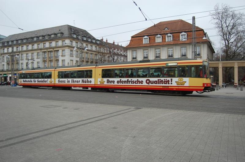 http://www.wiesloch-kurpfalz.de/Strassenbahn/Bilder/normal/Karlsruhe/09x0033.jpg