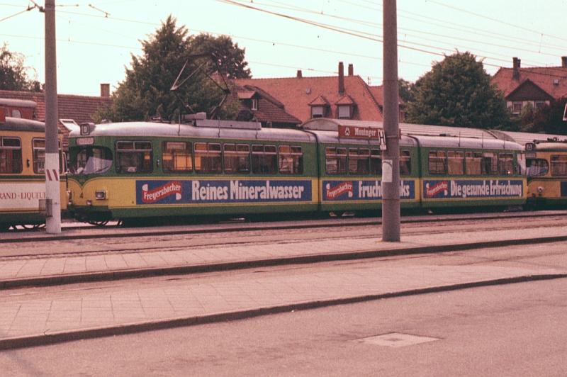 http://www.wiesloch-kurpfalz.de/Strassenbahn/Bilder/normal/Karlsruhe/75x347.jpg