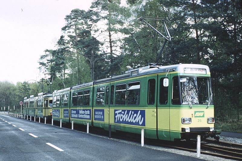 http://www.wiesloch-kurpfalz.de/Strassenbahn/Bilder/normal/Karlsruhe/77x345.jpg