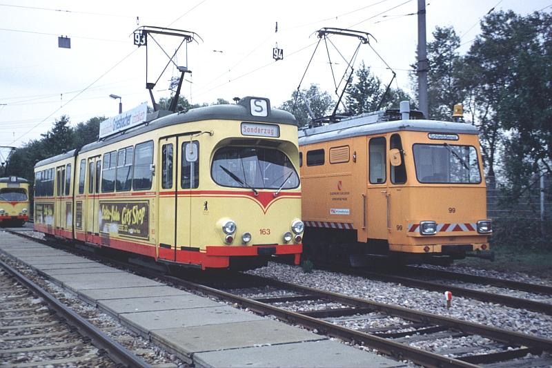 http://www.wiesloch-kurpfalz.de/Strassenbahn/Bilder/normal/Karlsruhe/92x576.jpg