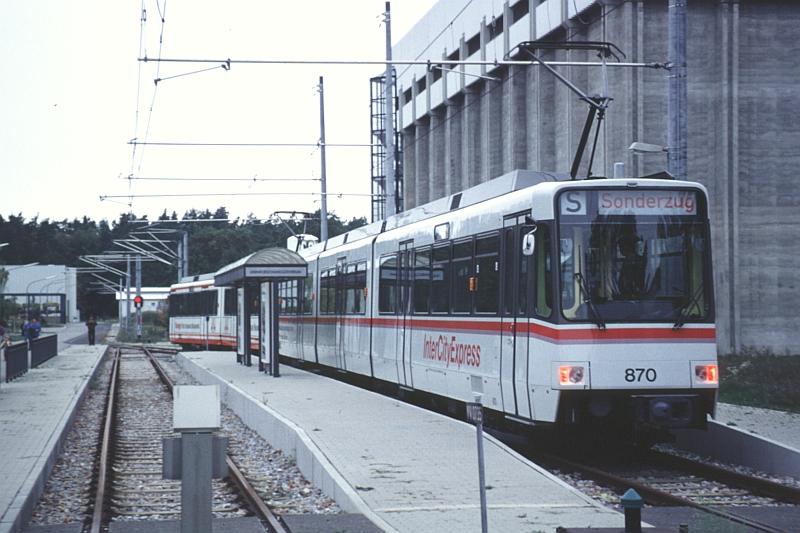 http://www.wiesloch-kurpfalz.de/Strassenbahn/Bilder/normal/Karlsruhe/92x585.jpg