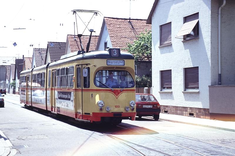 http://www.wiesloch-kurpfalz.de/Strassenbahn/Bilder/normal/Karlsruhe/93x1118.jpg
