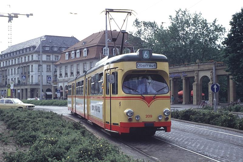 http://www.wiesloch-kurpfalz.de/Strassenbahn/Bilder/normal/Karlsruhe/94x141.jpg