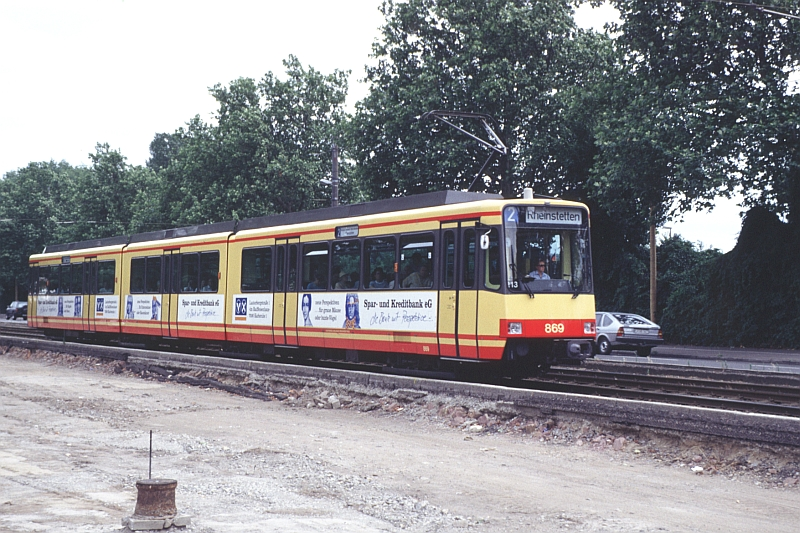 http://www.wiesloch-kurpfalz.de/Strassenbahn/Bilder/normal/Karlsruhe/94x521.jpg