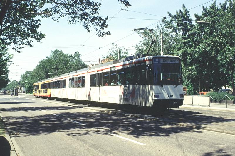 http://www.wiesloch-kurpfalz.de/Strassenbahn/Bilder/normal/Karlsruhe/96x528.jpg