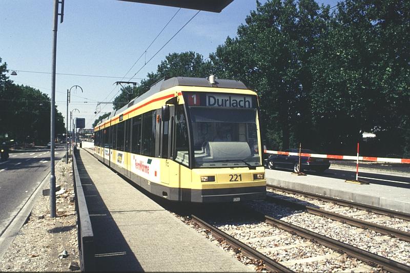 http://www.wiesloch-kurpfalz.de/Strassenbahn/Bilder/normal/Karlsruhe/97x440.jpg