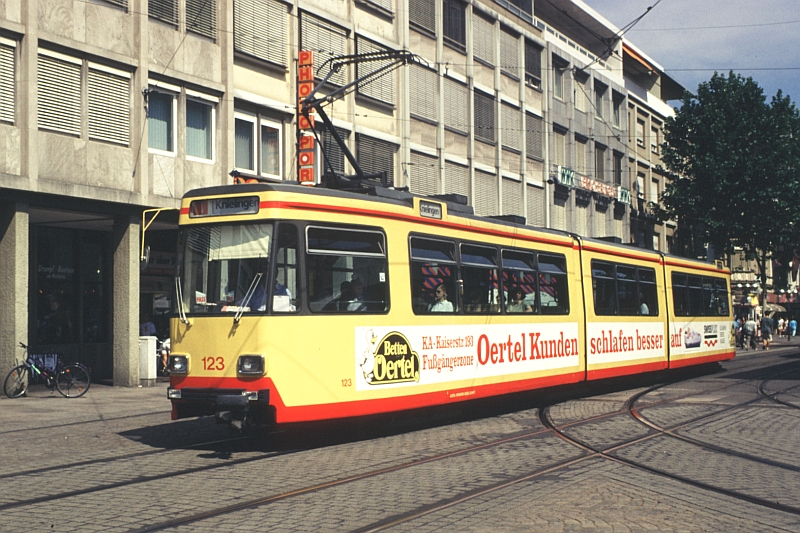 http://www.wiesloch-kurpfalz.de/Strassenbahn/Bilder/normal/Karlsruhe/97x471.jpg
