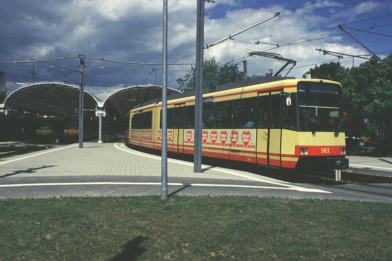 http://www.wiesloch-kurpfalz.de/Strassenbahn/Bilder/normal/Karlsruhe/98x335.jpg