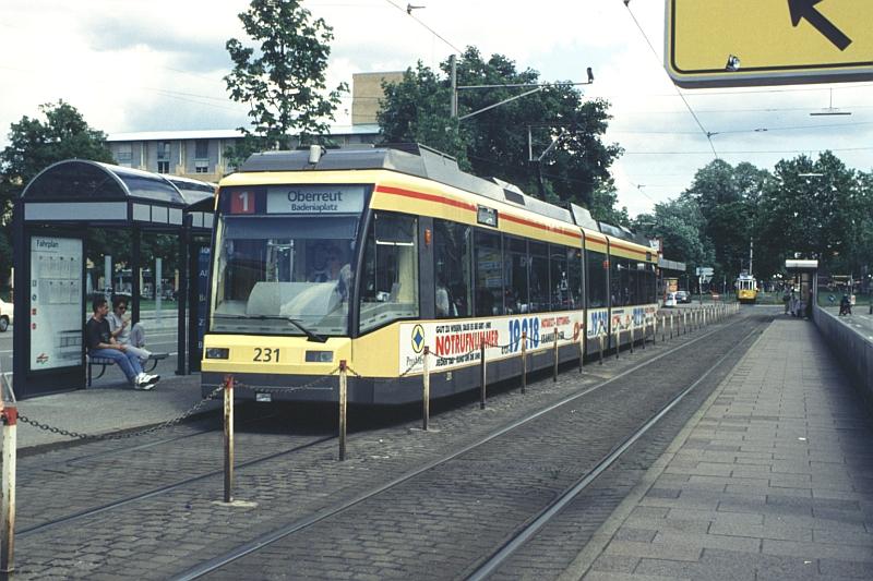 http://www.wiesloch-kurpfalz.de/Strassenbahn/Bilder/normal/Karlsruhe/98x337.jpg