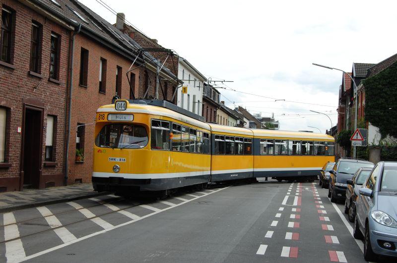 http://www.wiesloch-kurpfalz.de/Strassenbahn/Bilder/normal/Krefeld/07x358.jpg