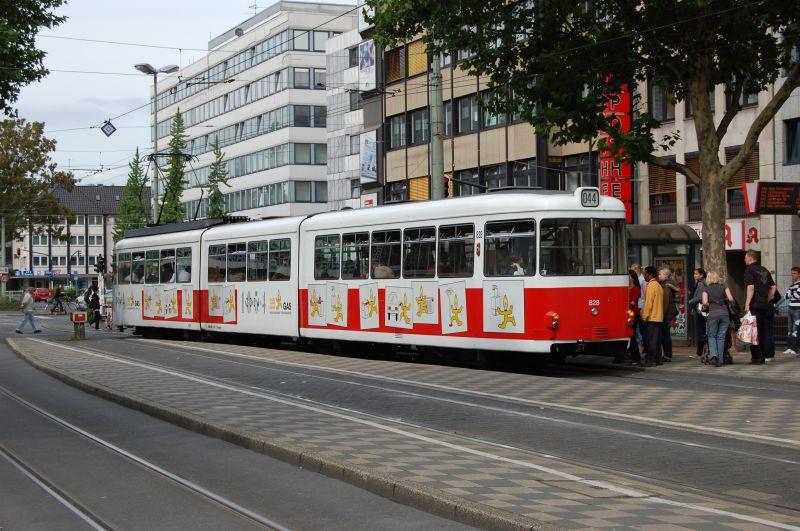 http://www.wiesloch-kurpfalz.de/Strassenbahn/Bilder/normal/Krefeld/07x379.jpg