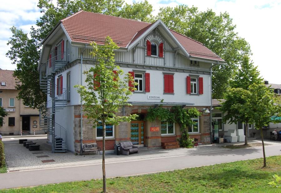 http://www.wiesloch-kurpfalz.de/Strassenbahn/Bilder/normal/Kuenzelsau/16x1143.jpg