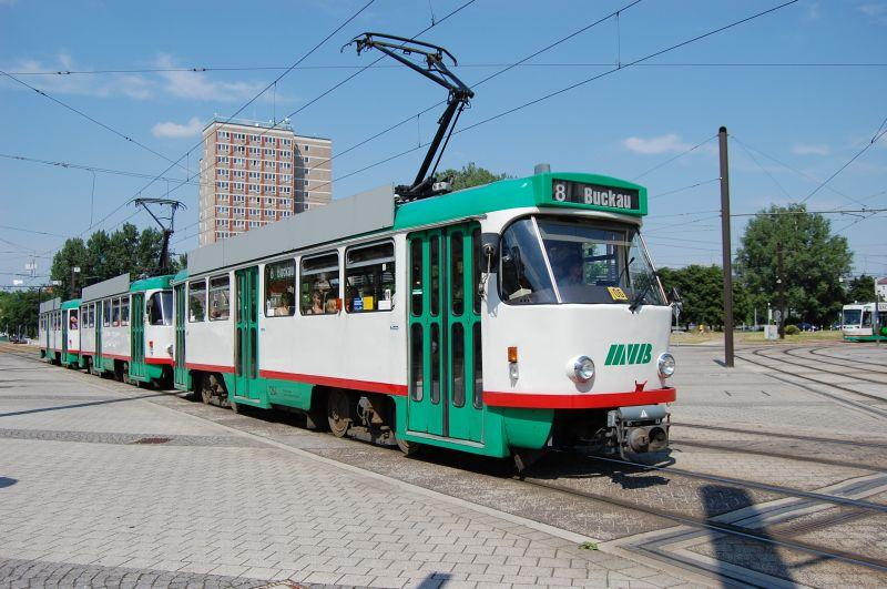 http://www.wiesloch-kurpfalz.de/Strassenbahn/Bilder/normal/Magdeburg/08x1125.jpg