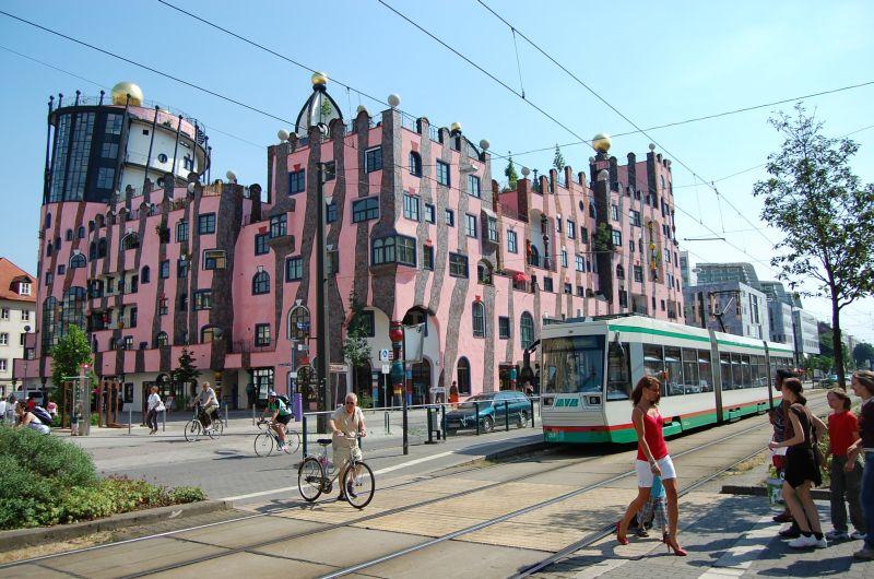 http://www.wiesloch-kurpfalz.de/Strassenbahn/Bilder/normal/Magdeburg/08x1131.jpg