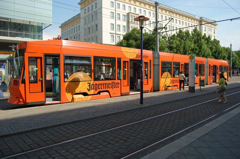 http://www.wiesloch-kurpfalz.de/Strassenbahn/Bilder/normal/Magdeburg/08x1143.jpg