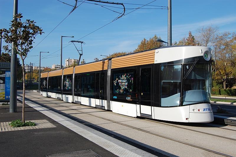 http://www.wiesloch-kurpfalz.de/Strassenbahn/Bilder/normal/Marseille/09x1368.jpg