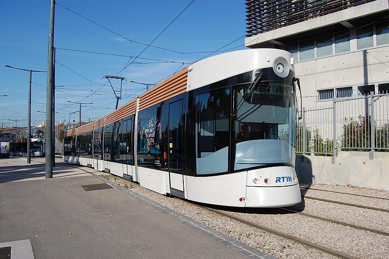 http://www.wiesloch-kurpfalz.de/Strassenbahn/Bilder/normal/Marseille/09x1377.jpg