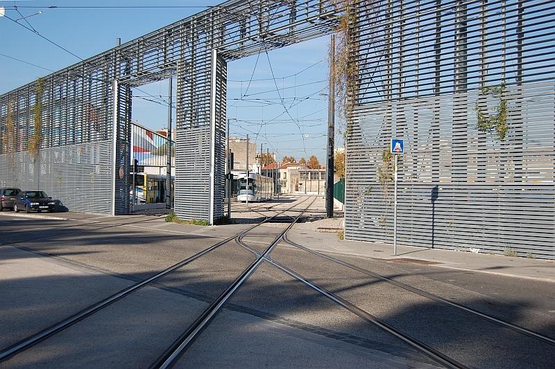 http://www.wiesloch-kurpfalz.de/Strassenbahn/Bilder/normal/Marseille/09x1378.jpg