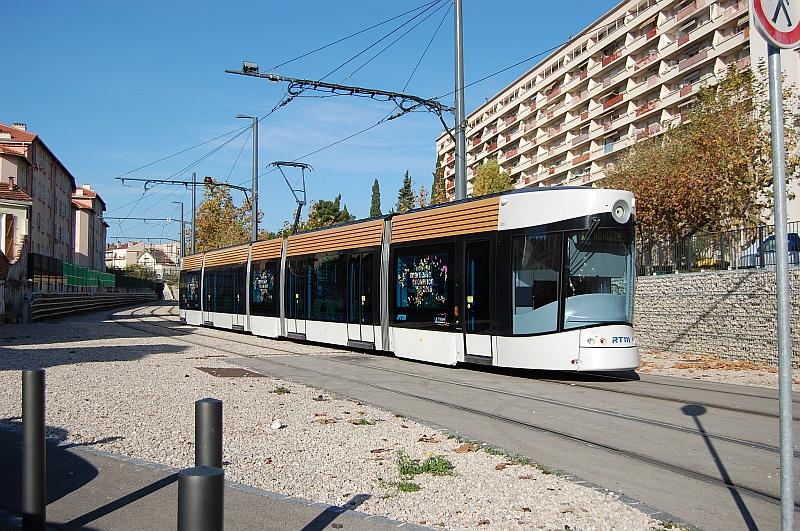 http://www.wiesloch-kurpfalz.de/Strassenbahn/Bilder/normal/Marseille/09x1380.jpg