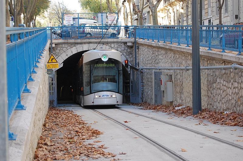 http://www.wiesloch-kurpfalz.de/Strassenbahn/Bilder/normal/Marseille/09x1386.jpg