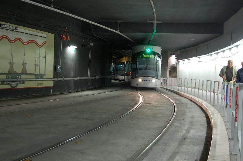 http://www.wiesloch-kurpfalz.de/Strassenbahn/Bilder/normal/Marseille/09x1393.jpg