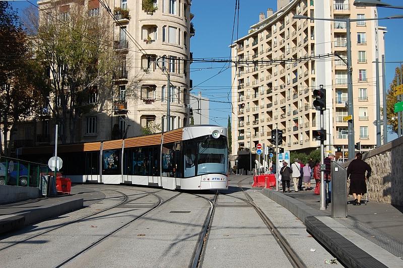 http://www.wiesloch-kurpfalz.de/Strassenbahn/Bilder/normal/Marseille/09x1397.jpg
